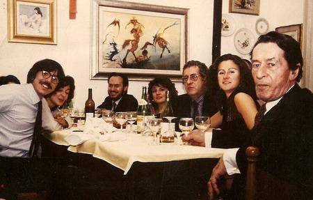 Una fotografia del 1985 per ricordare gli inizi pieni di entusiasmo e speranze del nostro Istituto, possiamo osservare da destra il Prof. Henri Laborit, Paolo Pancheri, Giovanni Menaldo e Alessandro Meluzzi in gentile compagnia